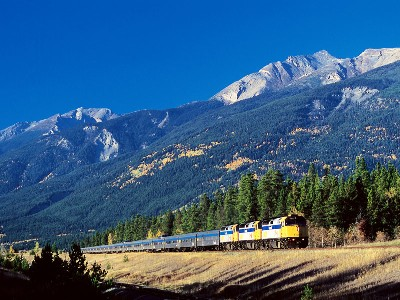 Canadian Railways to the Rockies | VIA Rail The Continental