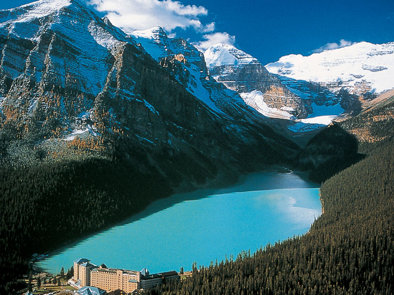 Canadian Rockies Train Tour Icefield Discovery | Lake Louise