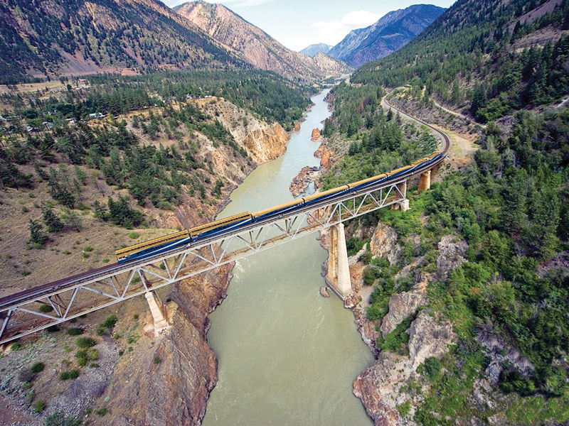 Canadian Rockies by Train Grand Circle Tour   Rocky Mountaineer Train
