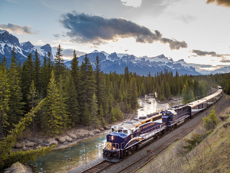 Jewels of the Canadian Rockies by Train | Rocky Mountaineer Train