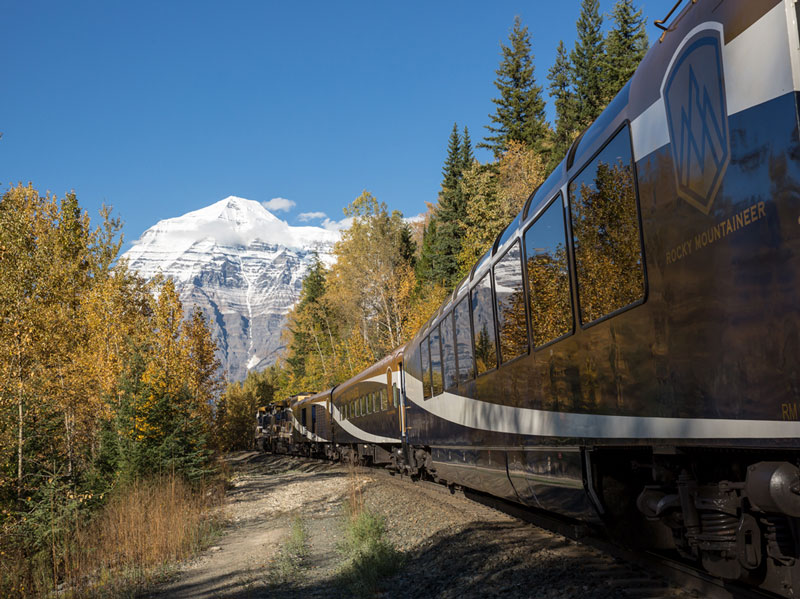 Circle Tour by Train through the Canadian Rockies | Rocky Mountaineer