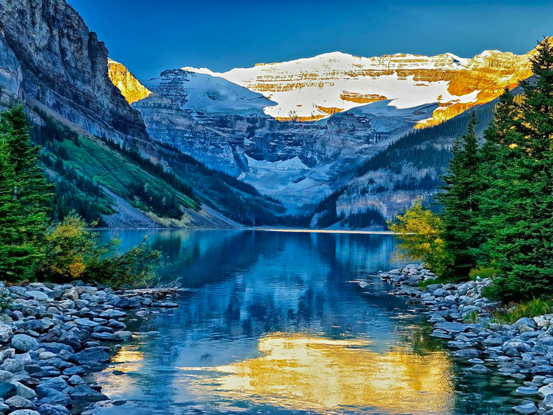 Canada Train Vacations | Early Morning Lake Louise
